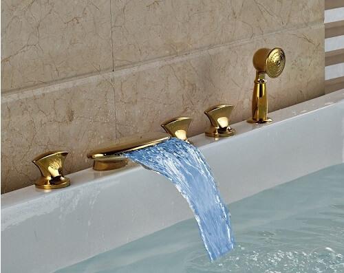 conseil belle salle de bain robineterie